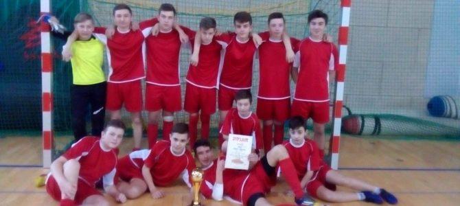 Drugie miejsce trampkarzy na turnieju w Słomnikach